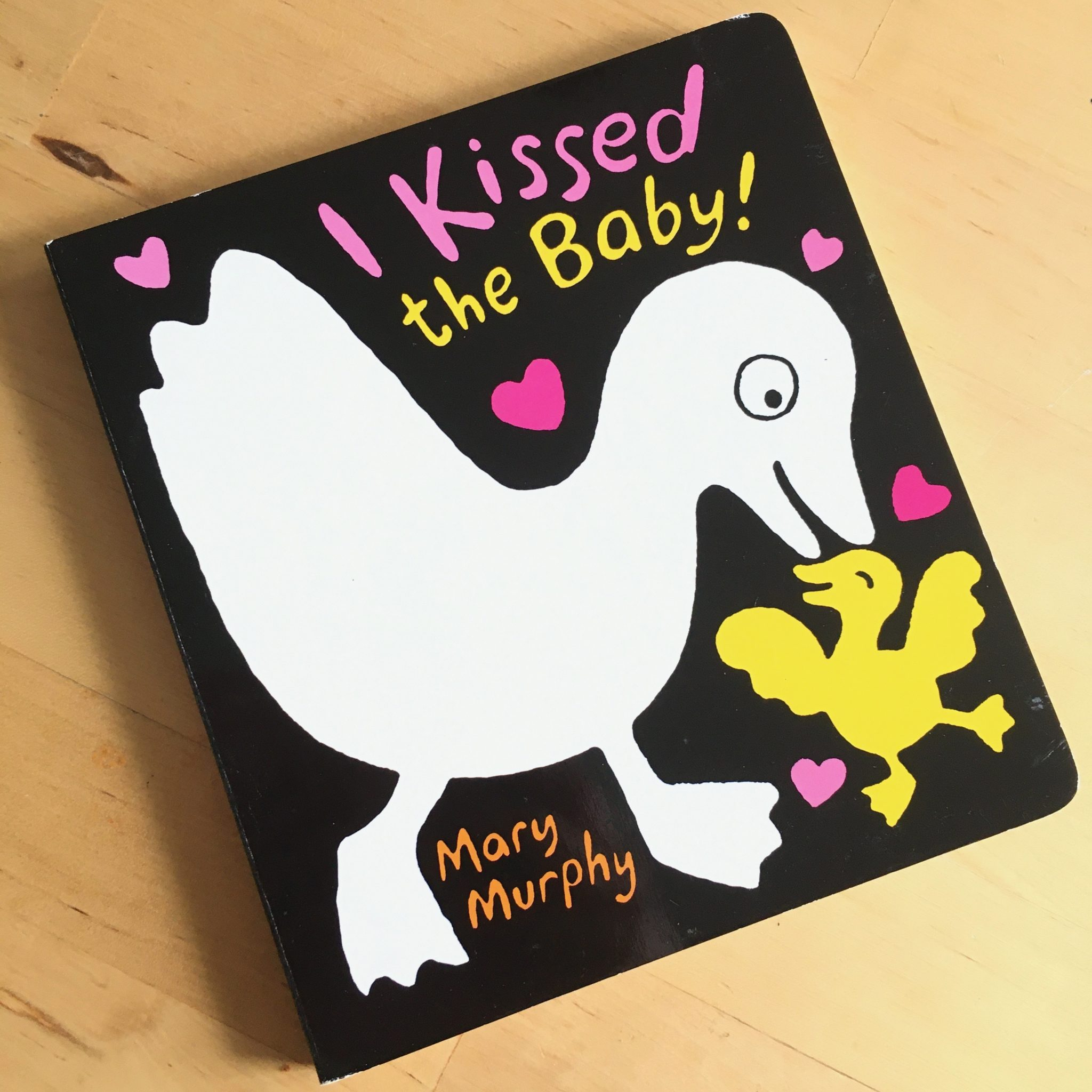 I Kissed the Baby! Black and White Board Book by Mary Murphy